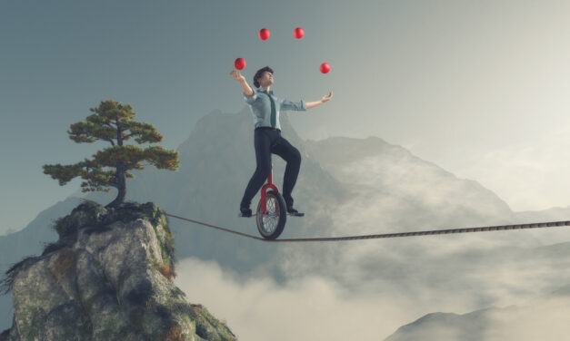 Agile and Integrated Compliance: Managing Compliance in Dynamic Business